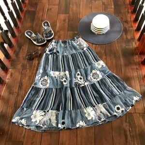 Dresses & Skirts - Pretty Blue Floral Summer Skirt - NEW!